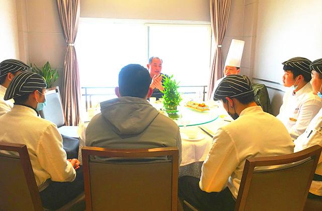實地回訪東鑫酒店 指導就業學子工作
