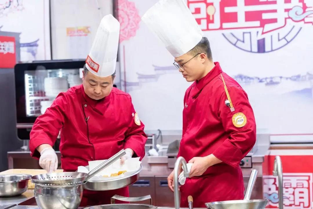 征戰央視《廚王爭霸》!新東方烹飪名師戰隊特輯——名師汪幸生
