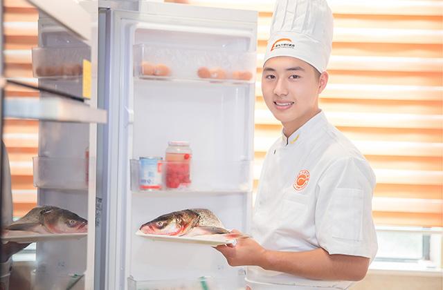 武汉新东方烹饪学校学费表