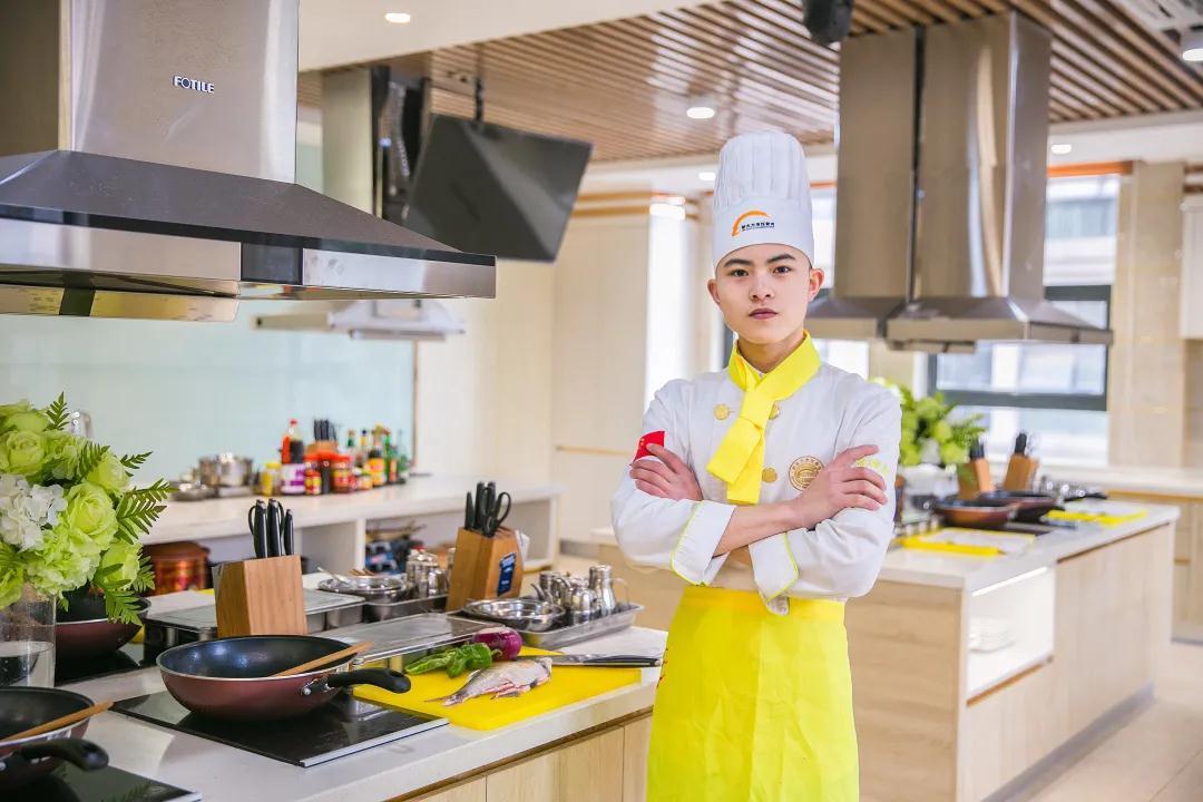 传说中的新东方是这样培养厨师的